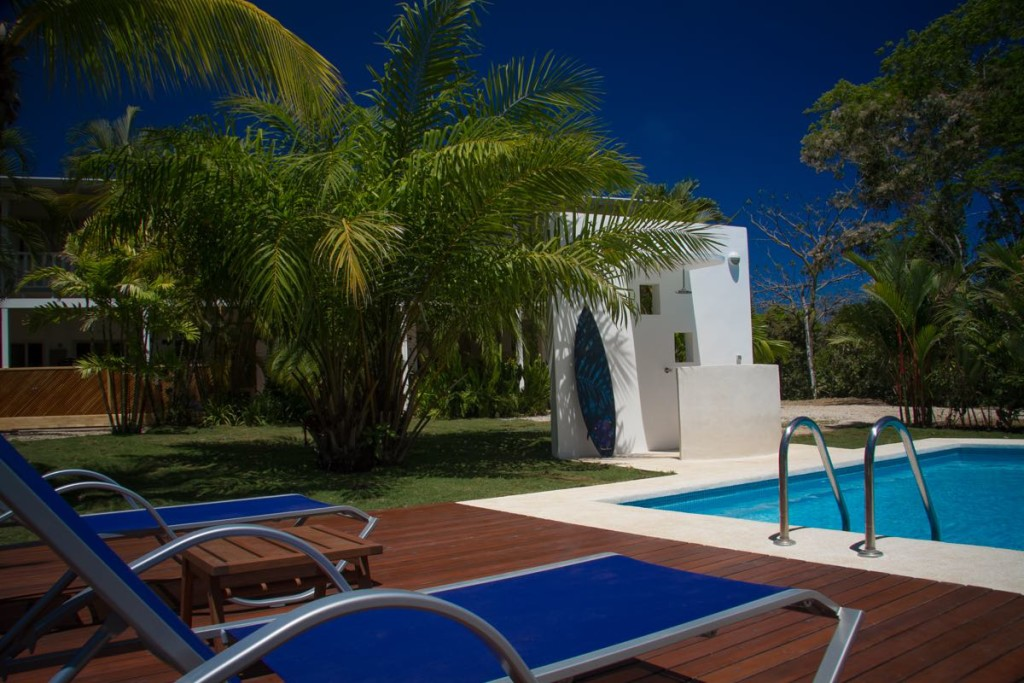 hotel-horizontes-de-montezuma-pool