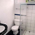 Hotel Horizontes de Montezuma bathroom