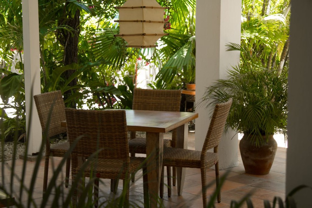 Hotel Horizontes de Montezuma Patio